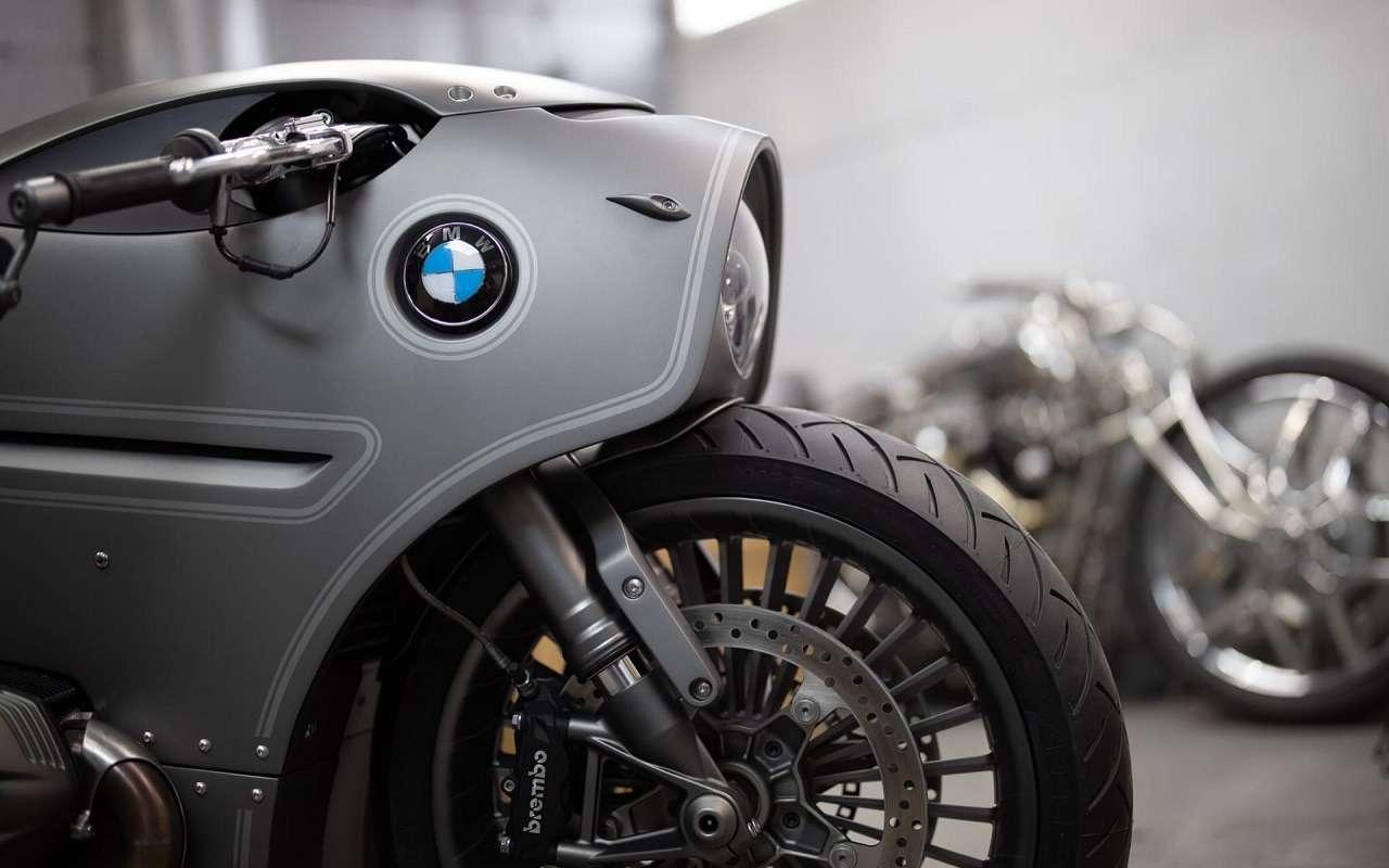 Это вообще реально? Российский мастер создал мотоцикл позаказу BMW Motorrad— фото 1138774