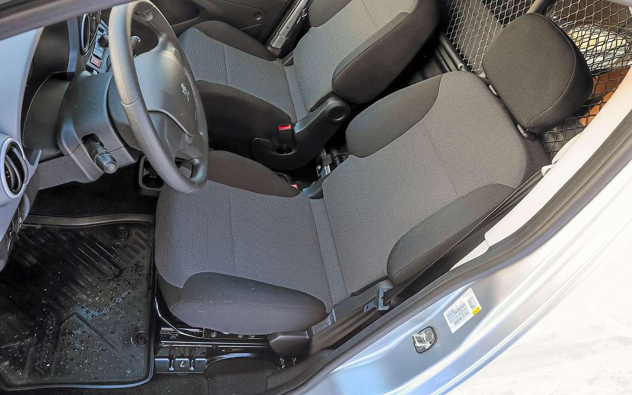 Peugeot Partner изКалуги: рассмотрели совсех сторон!— фото 1231047