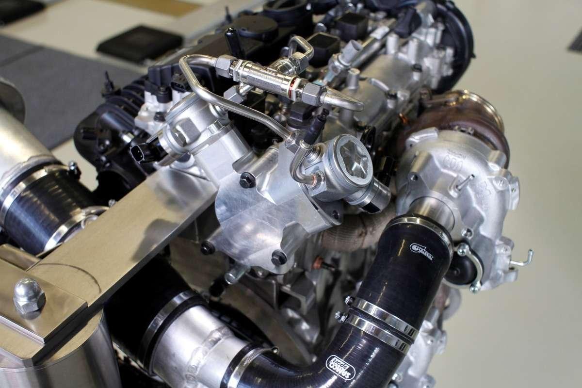 Volvo Cars reveals 450 horsepower High Performance Drive-E Powertrain Concept