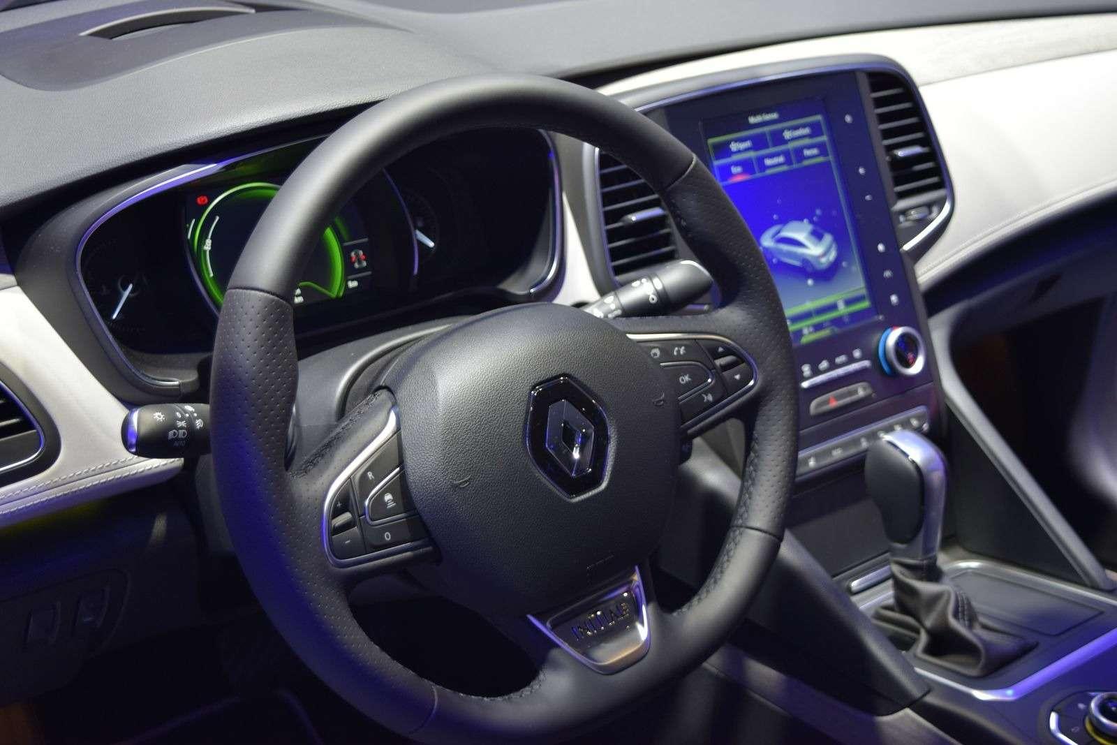 Renault Talisman заедет вавтопарк президента Франции— фото 390902