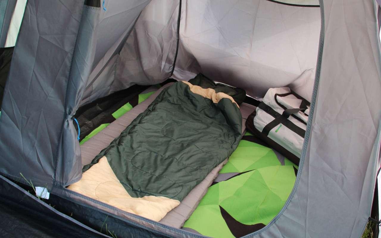 Дешевая альтернатива кемперу— надувная палатка Skoda— фото 1141528