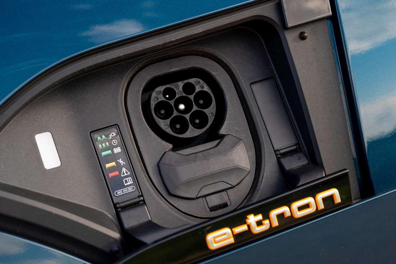 Audi e-tron вРоссии: заказы уже принимают, цена известна— фото 1139697