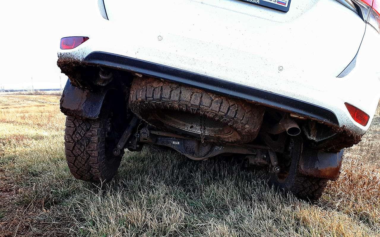 Toyota Fortuner: первый тест-драйв— фото 820546