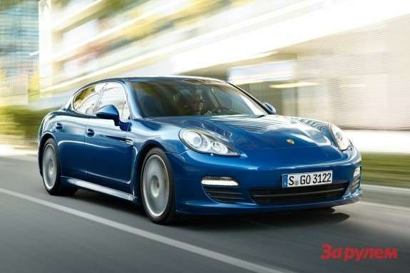 Porsche Panamera S Hybrid side-front view
