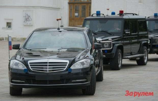 201207171041_putin_limo