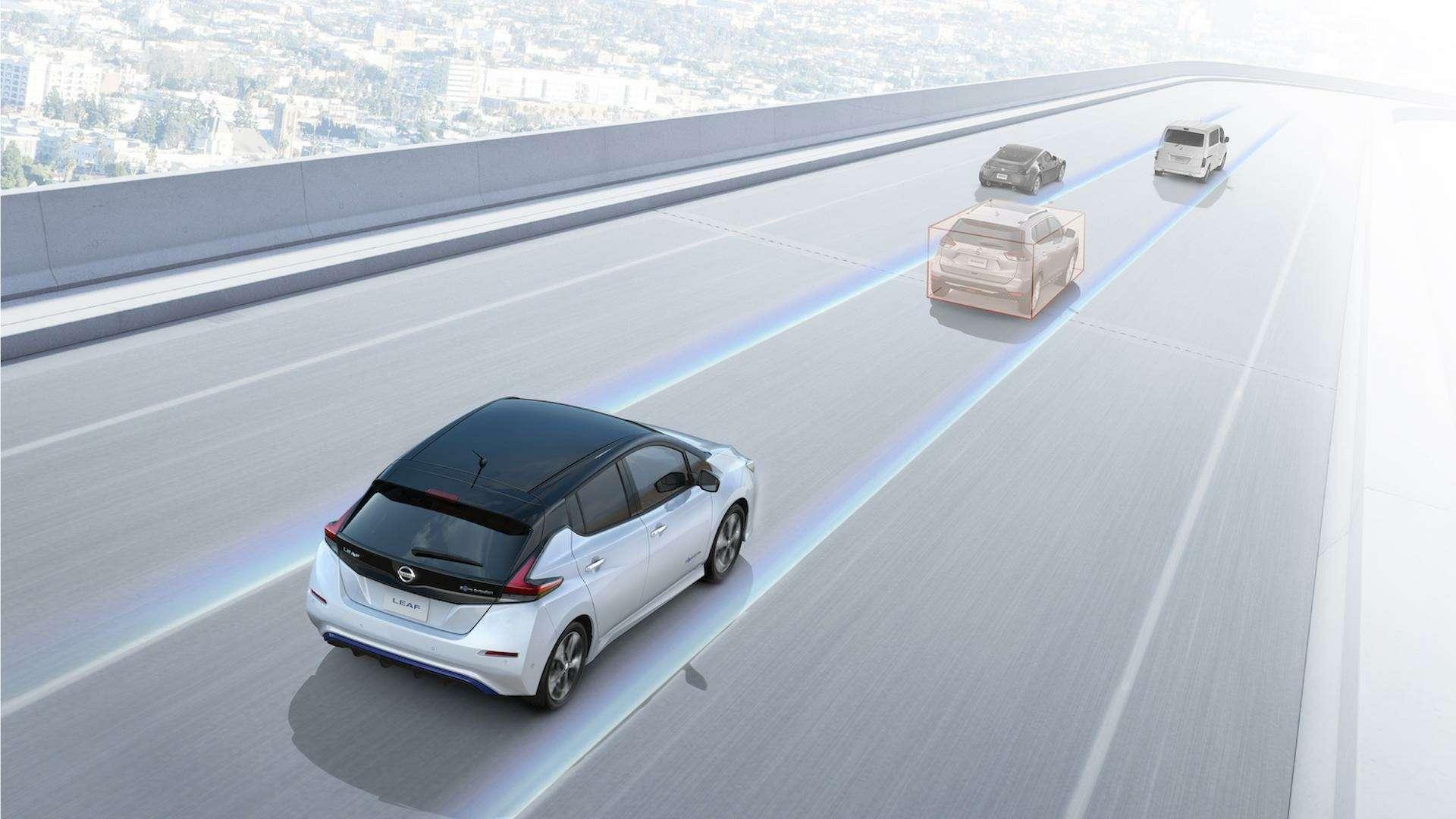 Nissan представил электромобиль дляРоссии— фото 791460
