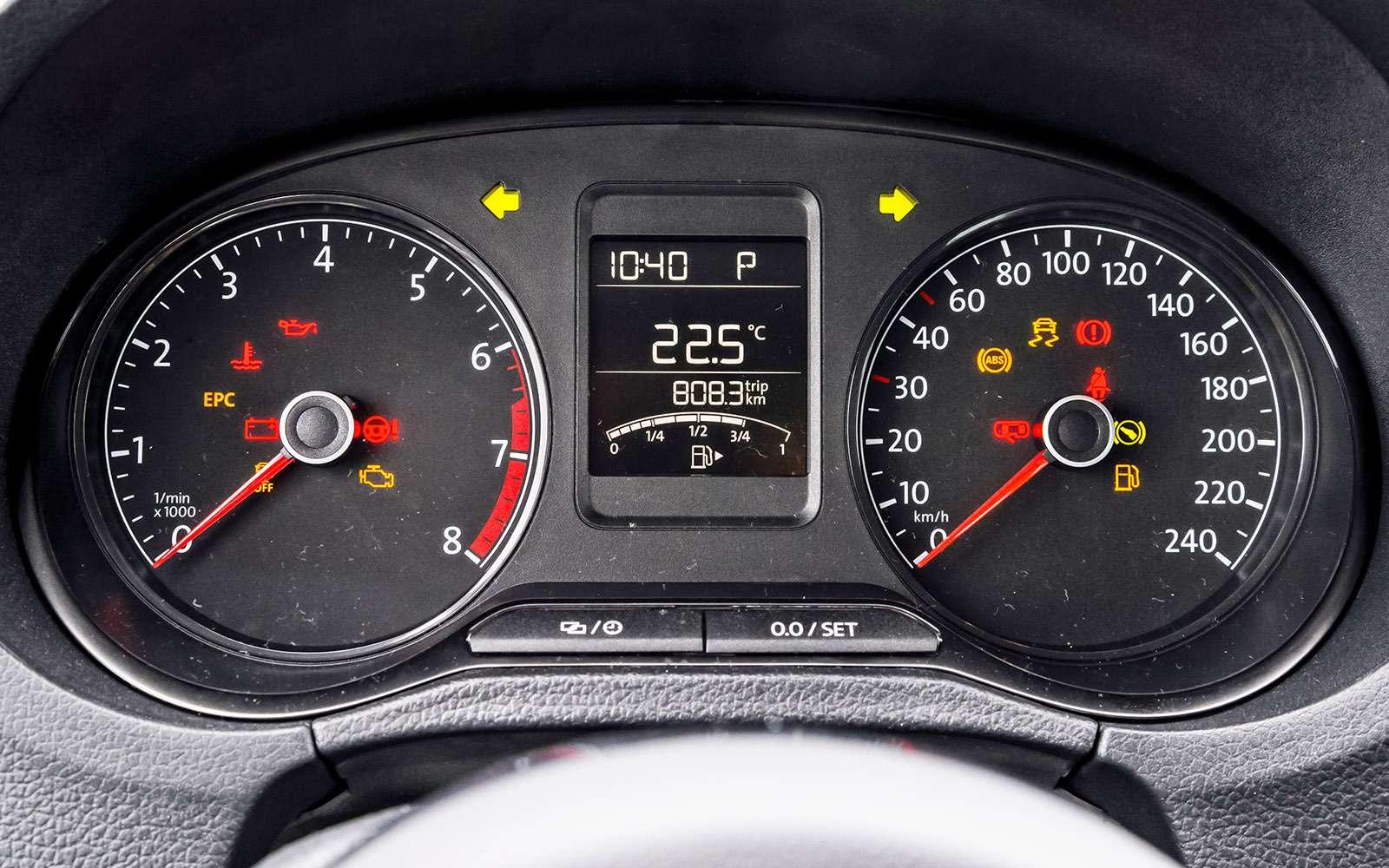 VWPolo GTпротив конкурентов: тест на«Смоленском кольце»— фото 644249