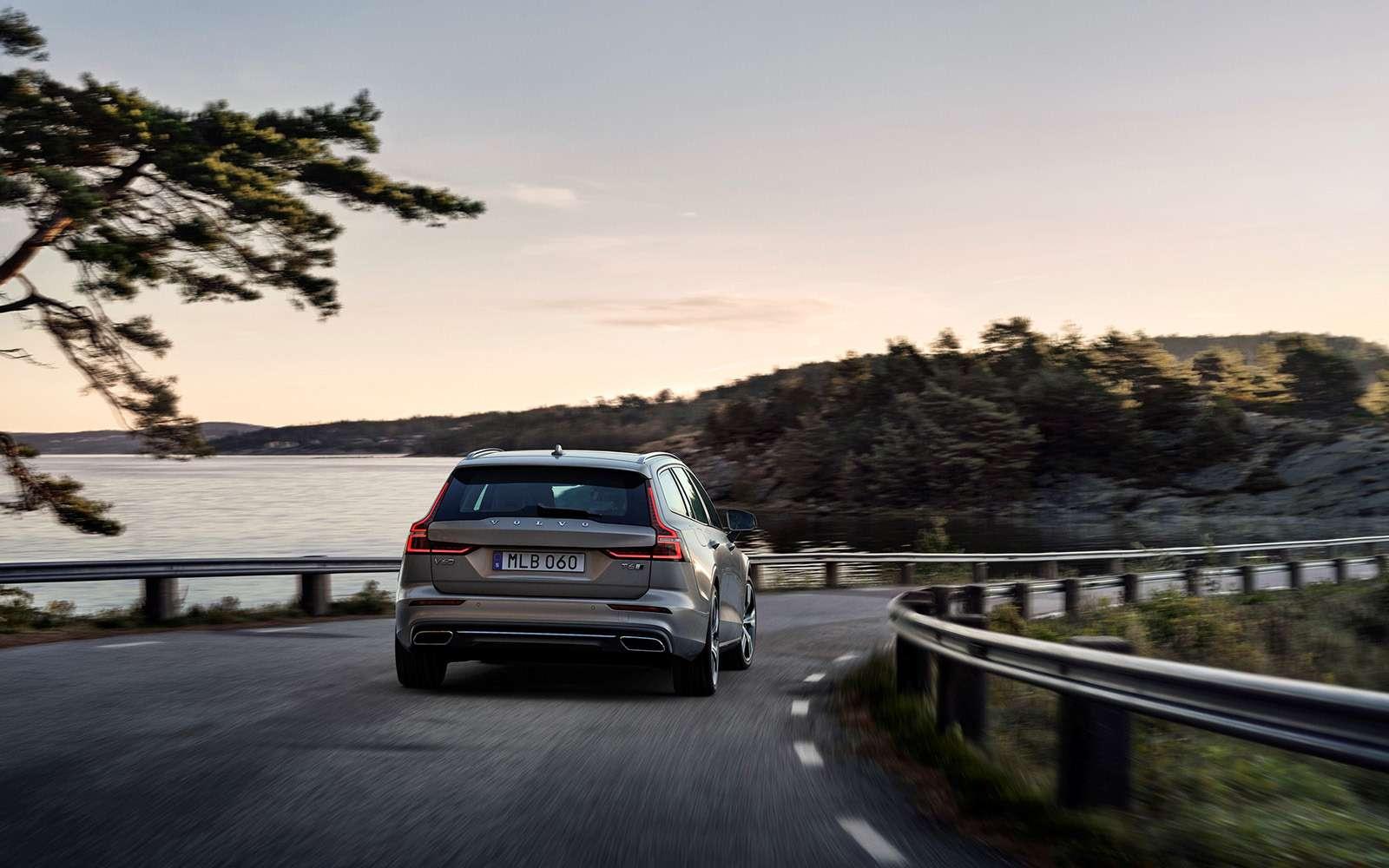 Volvo представила V60: семейный, роскошный ине длянас— фото 847553