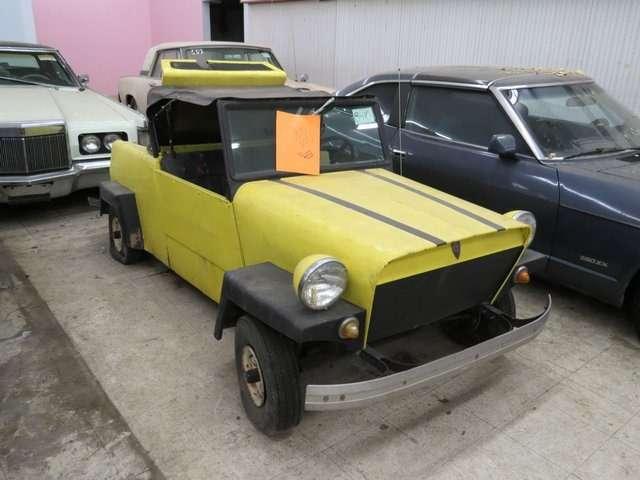 Бывший дальнобойщик решил продать свою коллекцию из700 машин— фото 702157