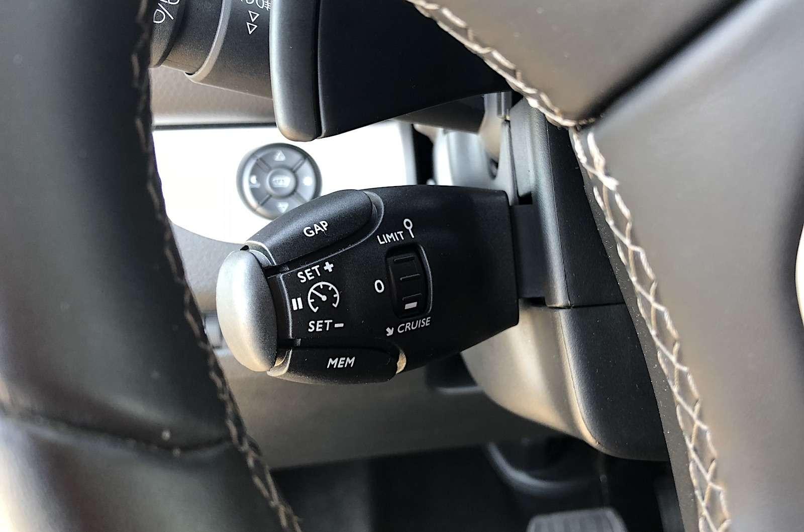 Peugeot Traveller VIP Business: сообразим насемерых?— фото 905208