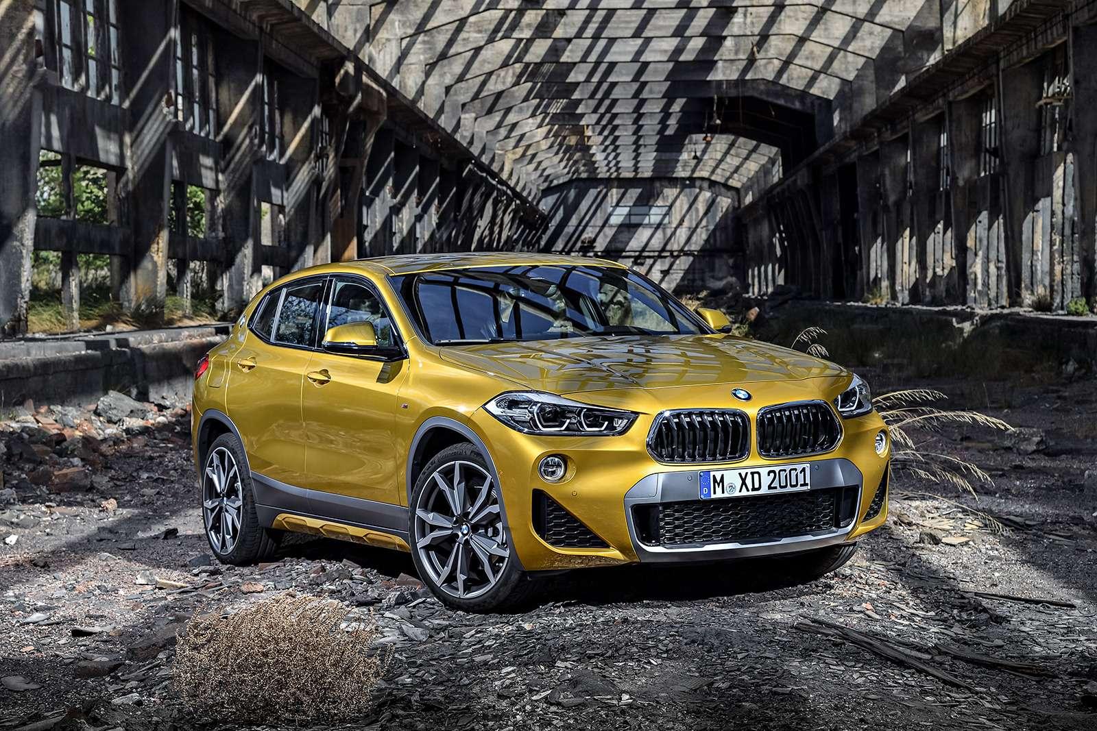 Мал, даудал: BMW рассекретила кроссовер X2— фото 809833