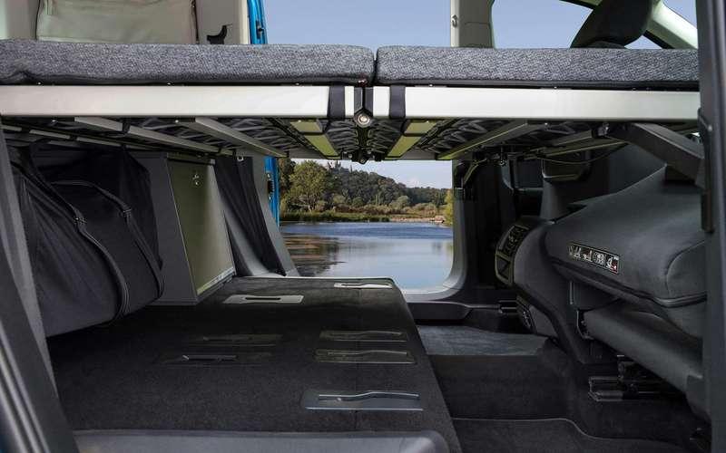 VWпоказал новый кемпер Caddy California