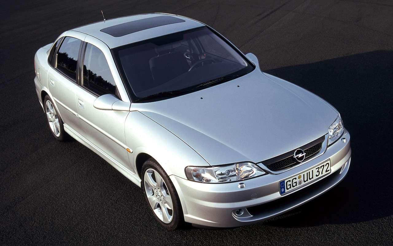 7 самых красивых и7самых нелепых моделей Opel— фото 960569