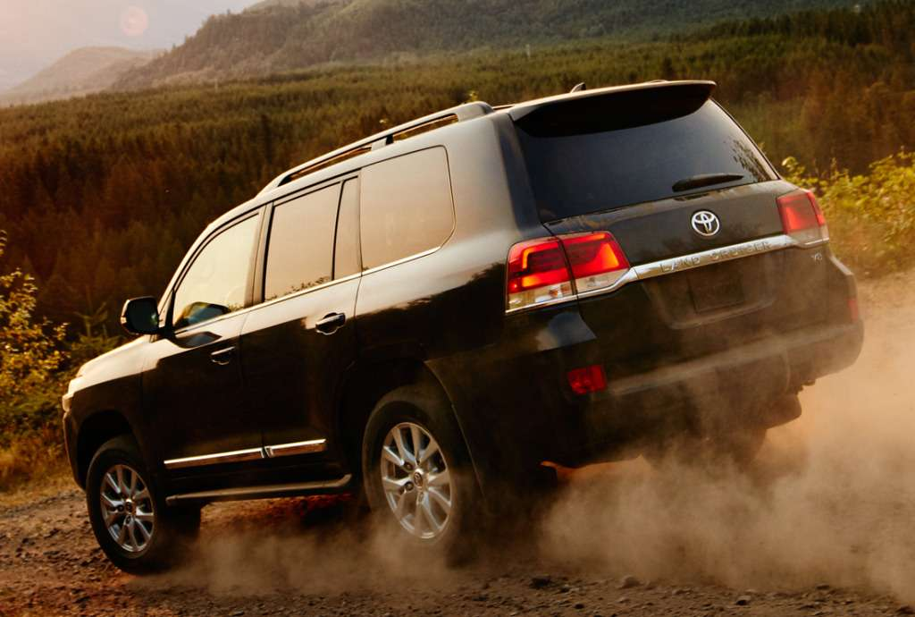toyota_land_cruiser_62