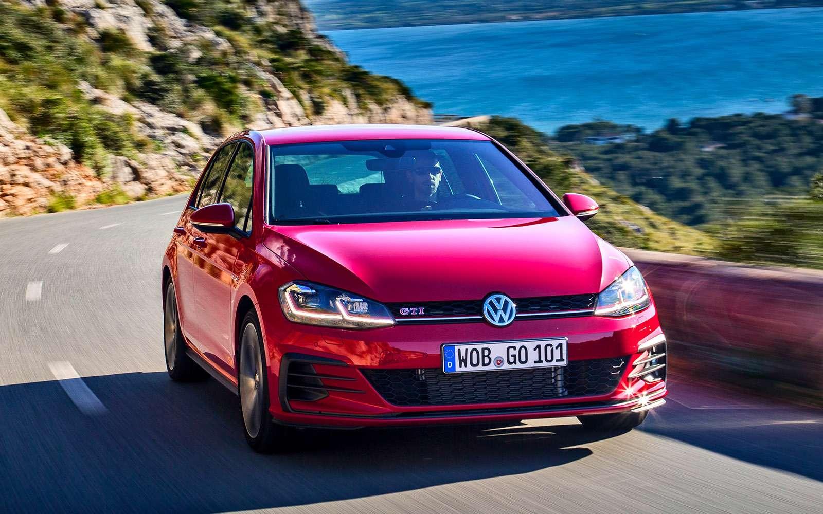 Volkswagen Golf — сравниваем новые версии— фото 755765