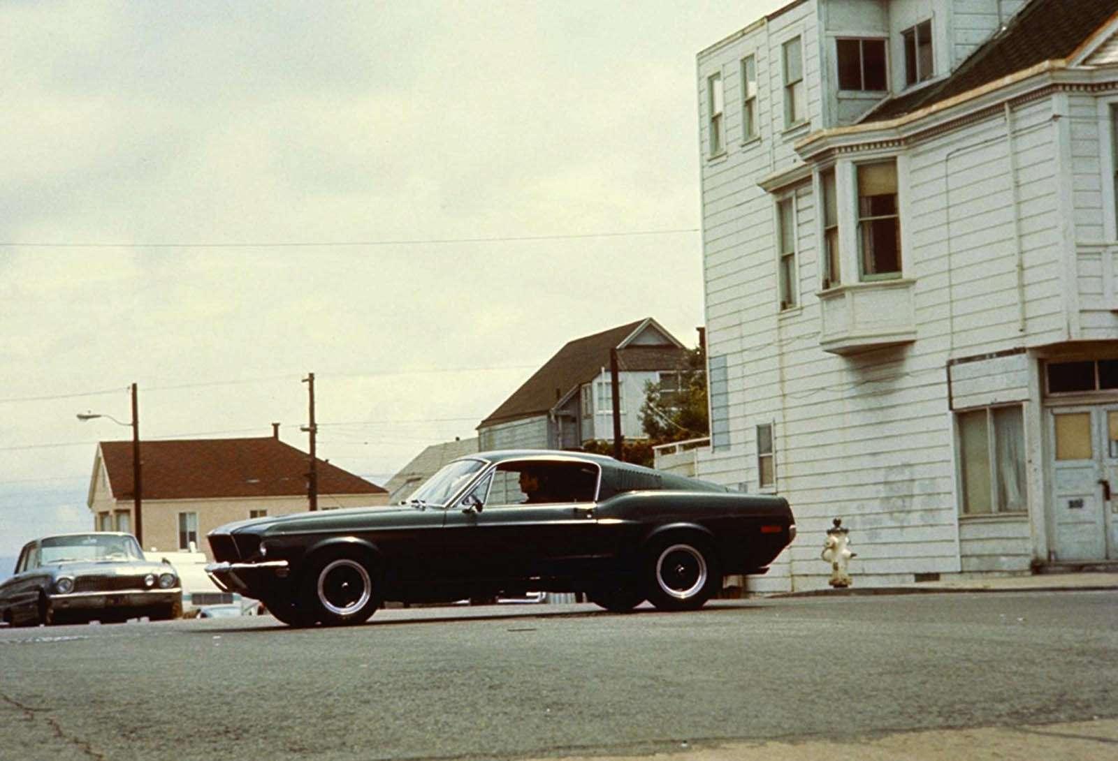 Круче, чем было: Ford возрождает две легендарные модели— фото 824034