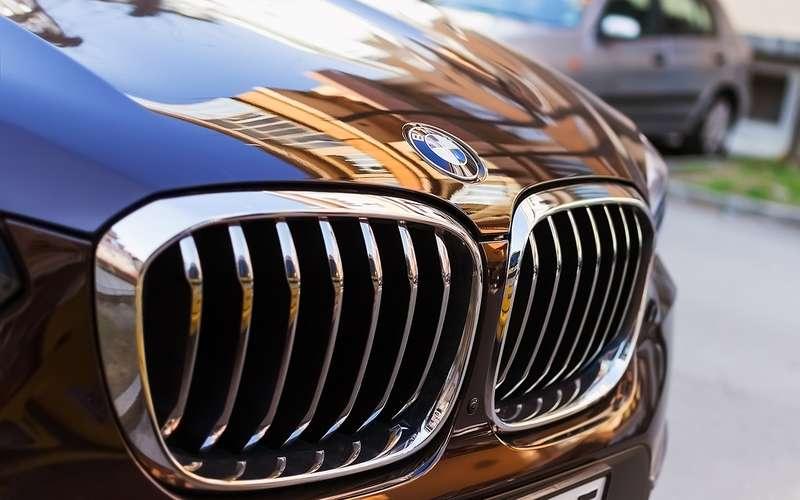 В BMW рассказали оботношении клиентов к«зубастым» решеткам