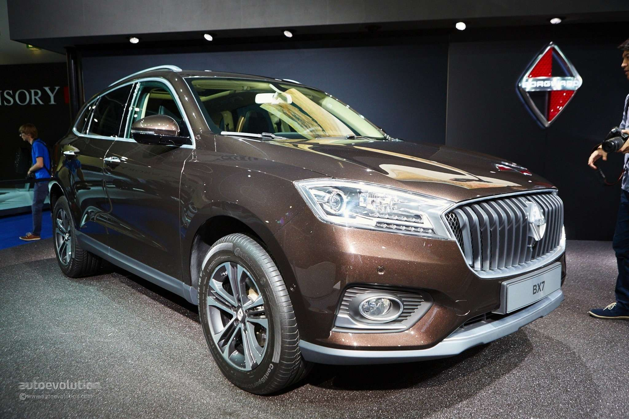 borgward-is-officially-back-with-its-bx7-suv-in-frankfurt-live-photos_23