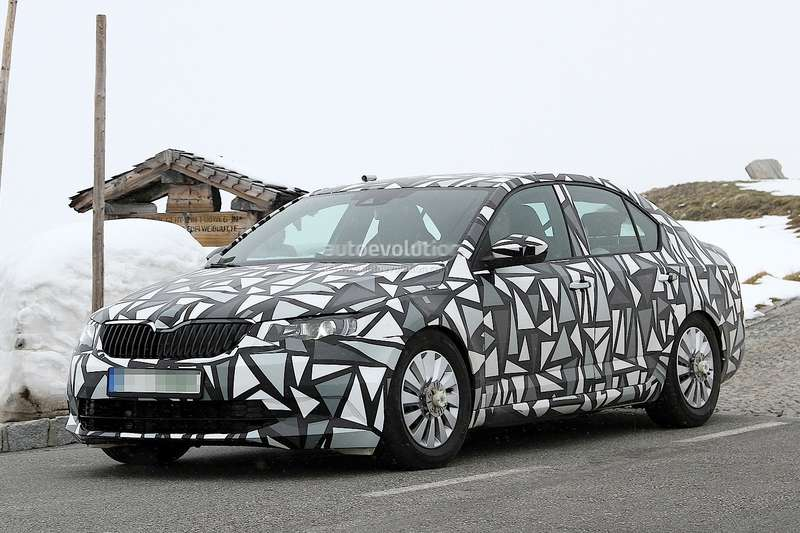 spyshots-2015-skoda-octavia-facelift-spotted-photo-gallery-1080p-1