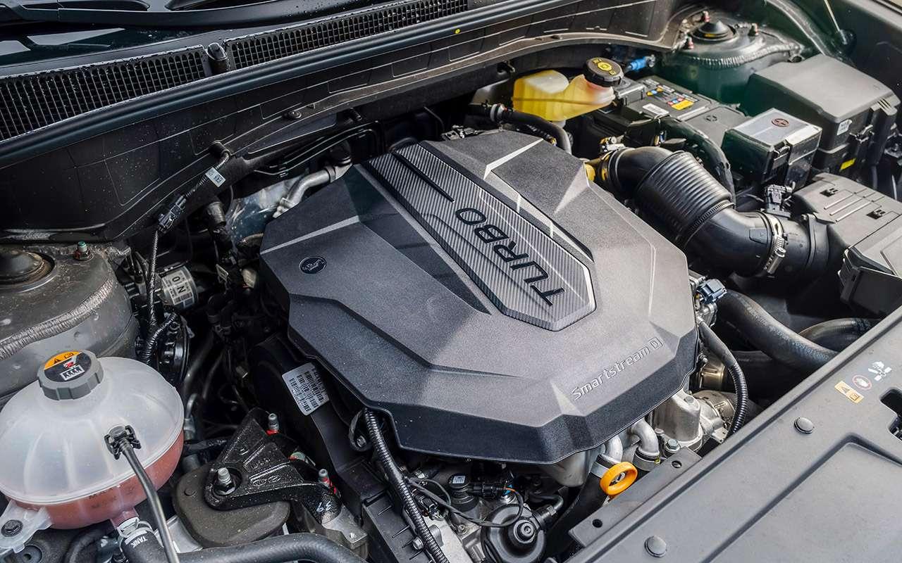Обновленный Hyundai Santa Fe: тест самой мощной версии— фото 1249466
