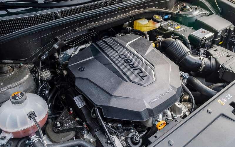 Обновленный Hyundai Santa Fe: тест самой мощной версии