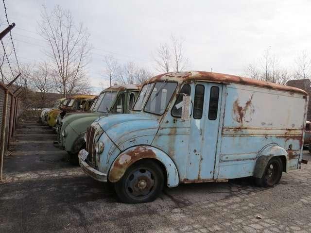 Бывший дальнобойщик решил продать свою коллекцию из700 машин— фото 702186