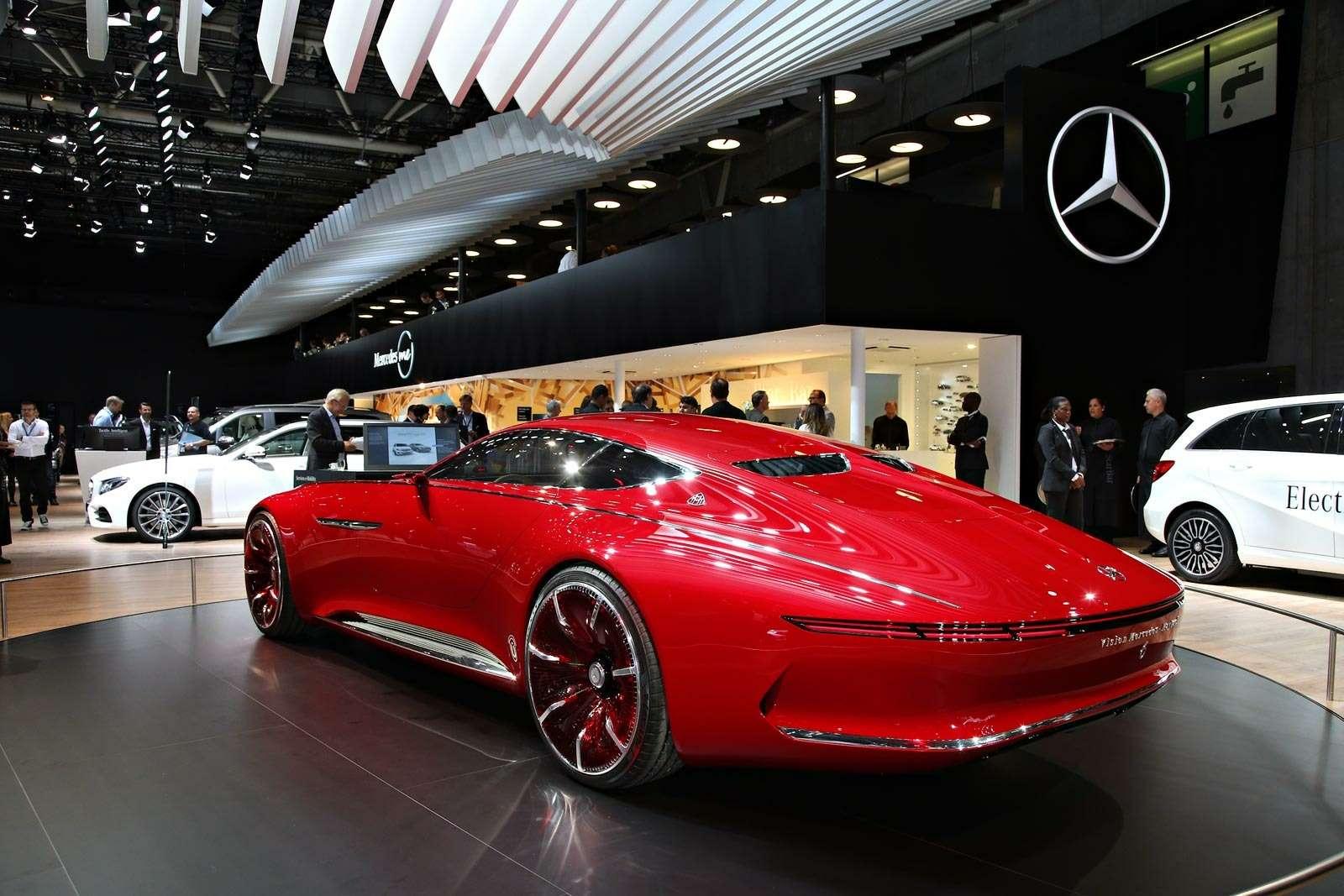 Самый красивый автомобиль Парижа: Vision Mercedes-Maybach 6завоевывает сердца— фото 643570