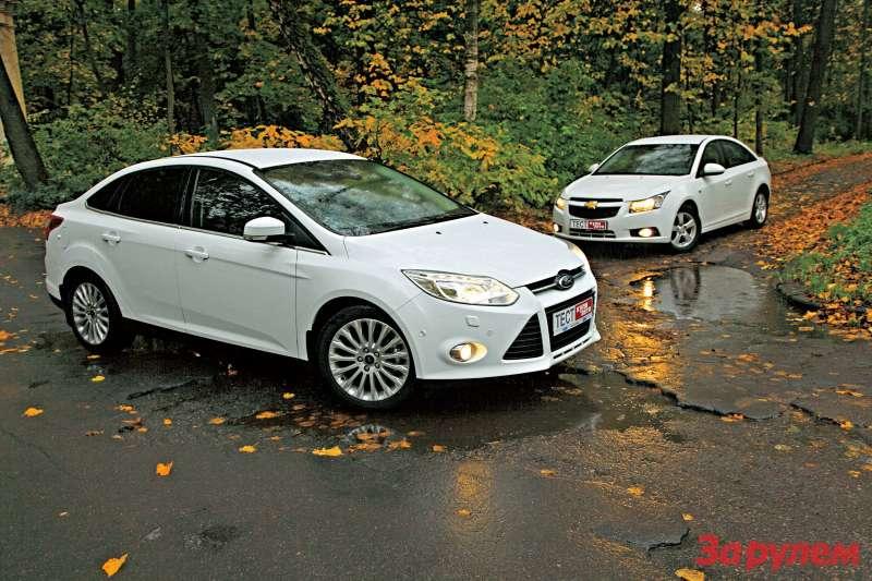 «Форд-Фокус», от 542 000 руб., КАР от 6,21 руб./км против «Шевроле-Круз», от 586 000 руб., КАР от 6,44 руб./км