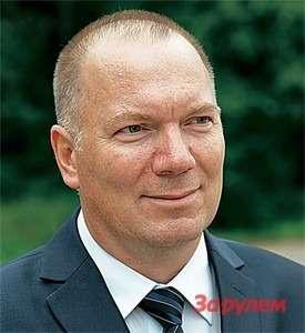 Эдуард ЧМЕЛЁВ