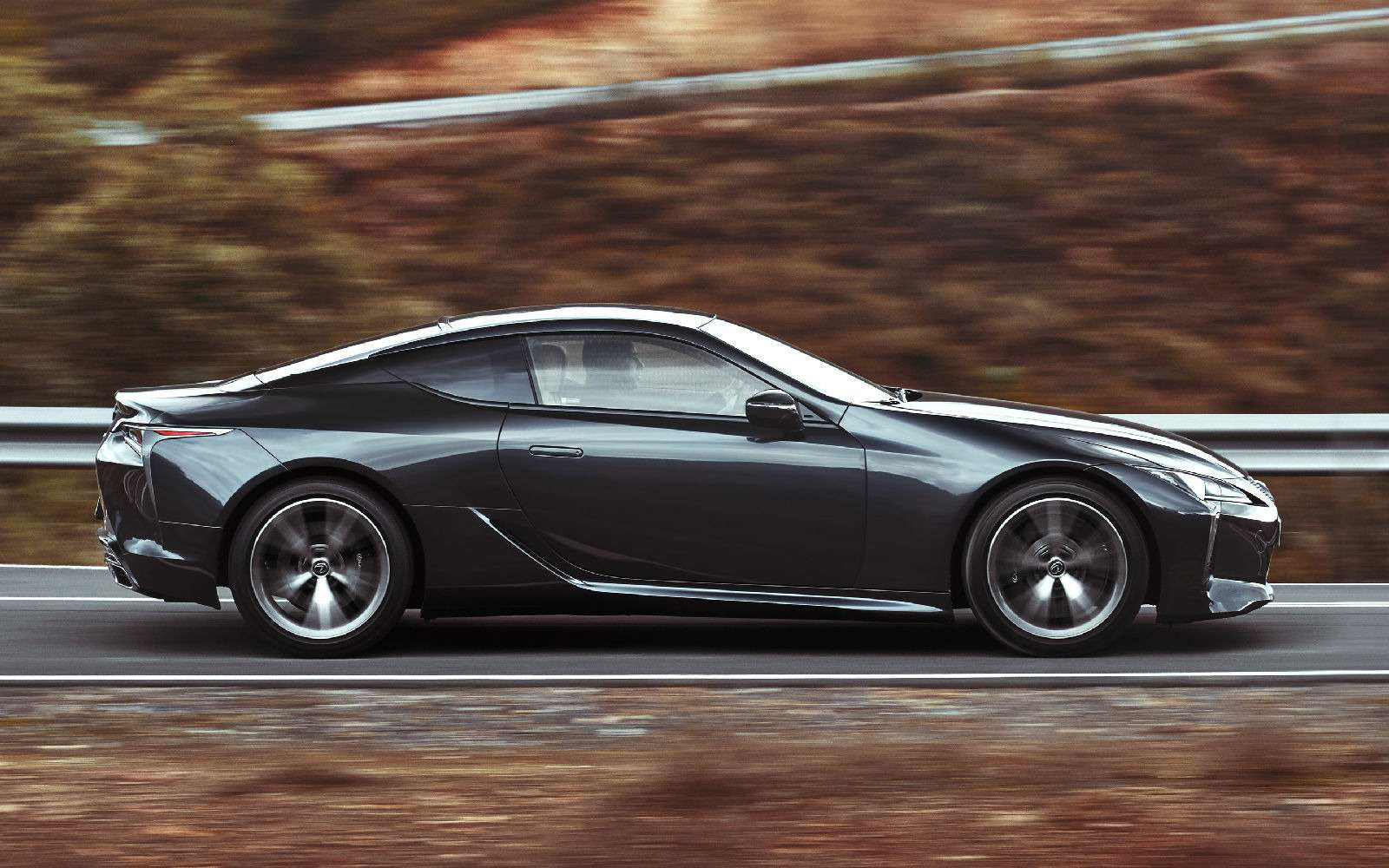 Объявлена рублевая цена наяпонский суперкар Lexus LC500— фото 715420