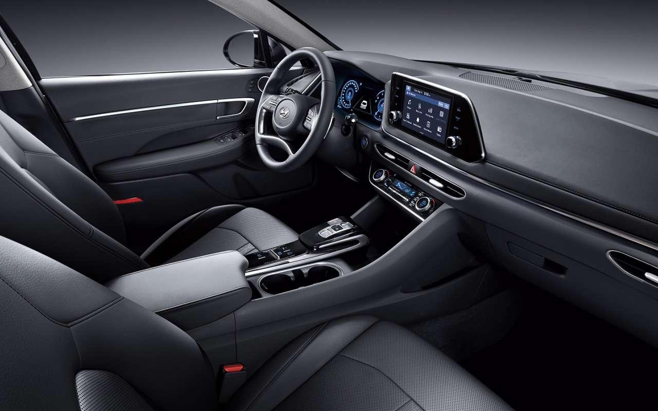 Новая Toyota Camry и5нормальных альтернатив— вызакакую?— фото 1255410