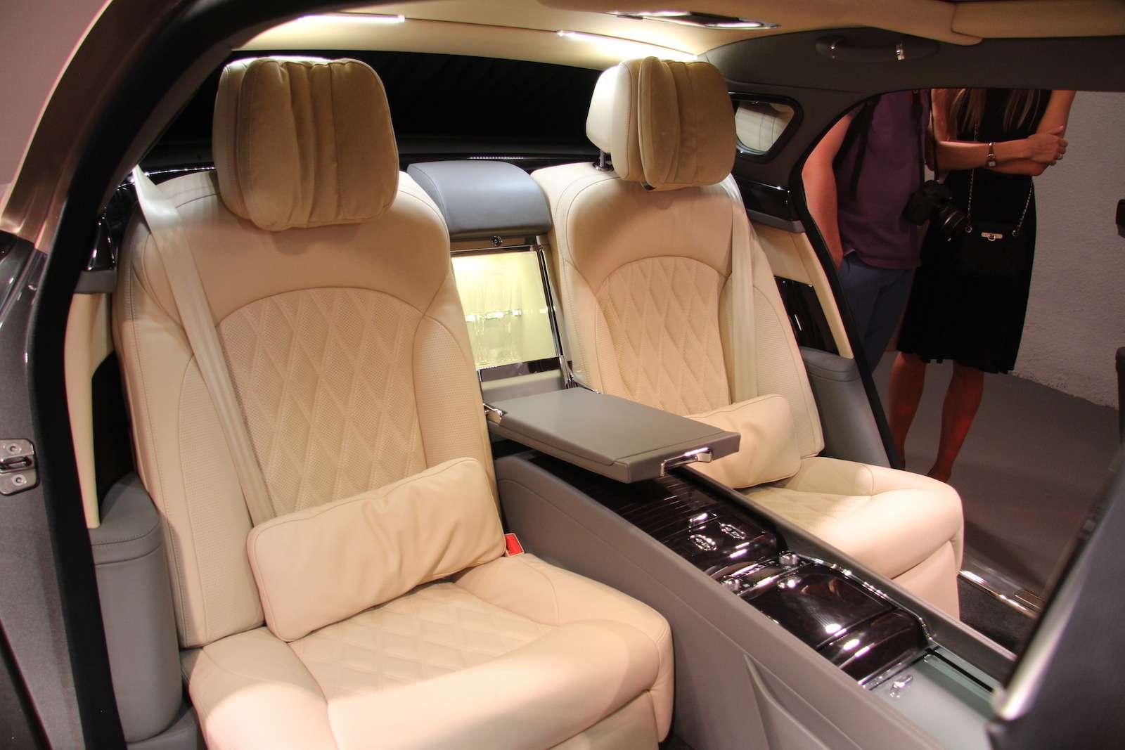 Bentley привезла вМоскву «экстраординарную» выставку— фото 594015