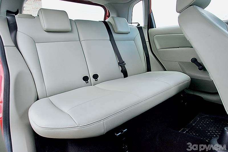 Тест Lada Kalina, Hyundai Getz, Ford Fiesta. Вкомпании спровинциалом.— фото 68878