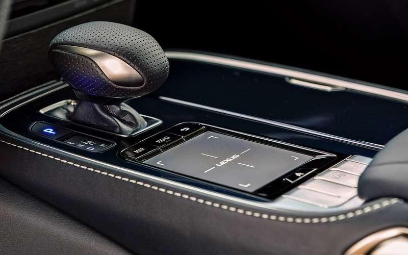 Новый Lexus LS— тест-драйв ЗР