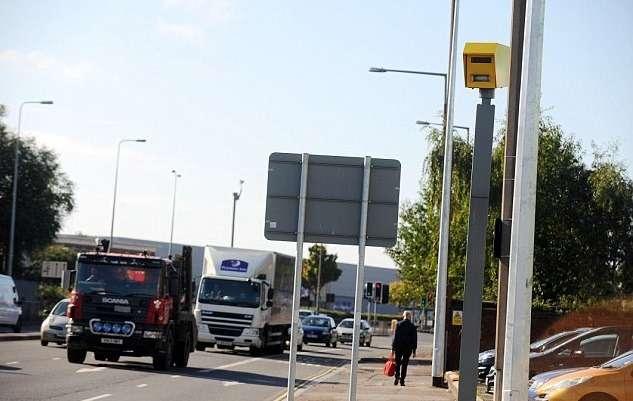 Самая доходная камера Великобритании оштрафовала водителей намиллион евро
