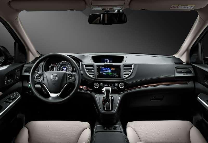 Honda_CR-V_interior_002_новый размер