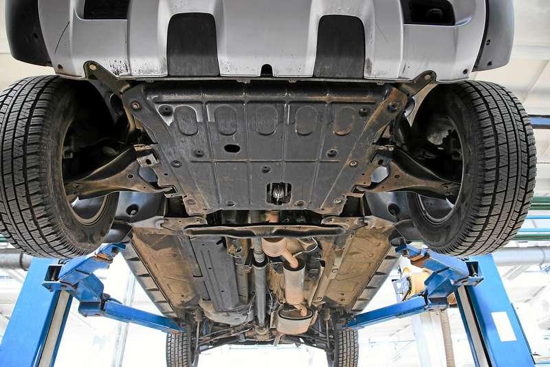Renault Duster навоенном полигоне идорогах Прибалтики