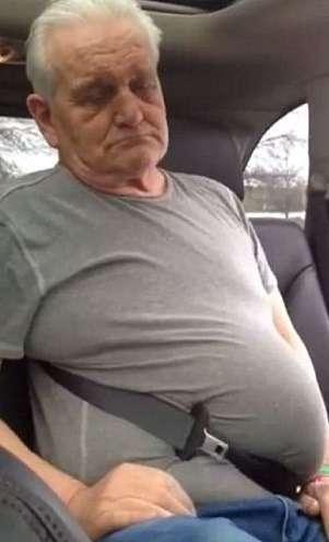 Пенсионер застрял времне безопасности