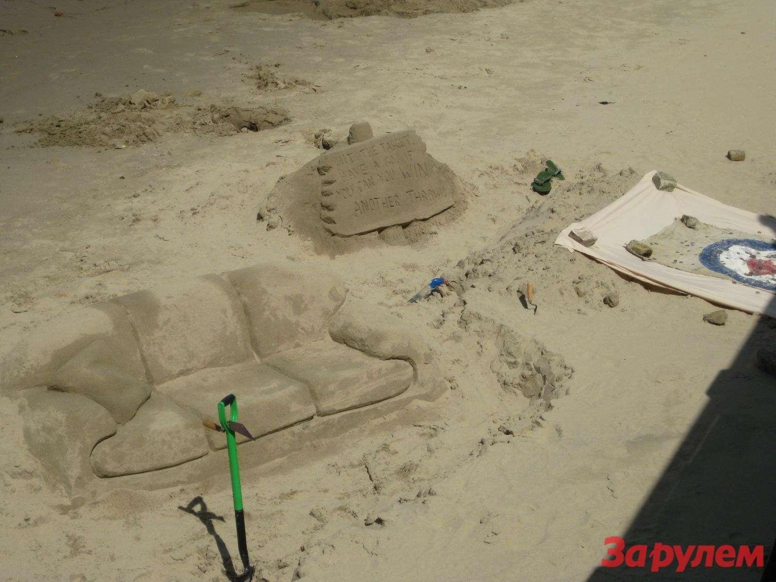 Скульптура напляже