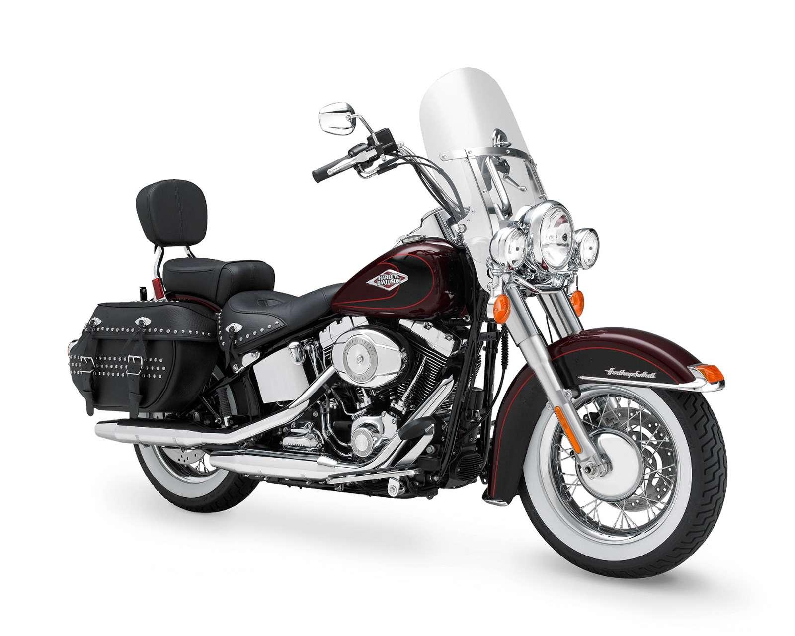 Harley-Davidson FLSTC 103