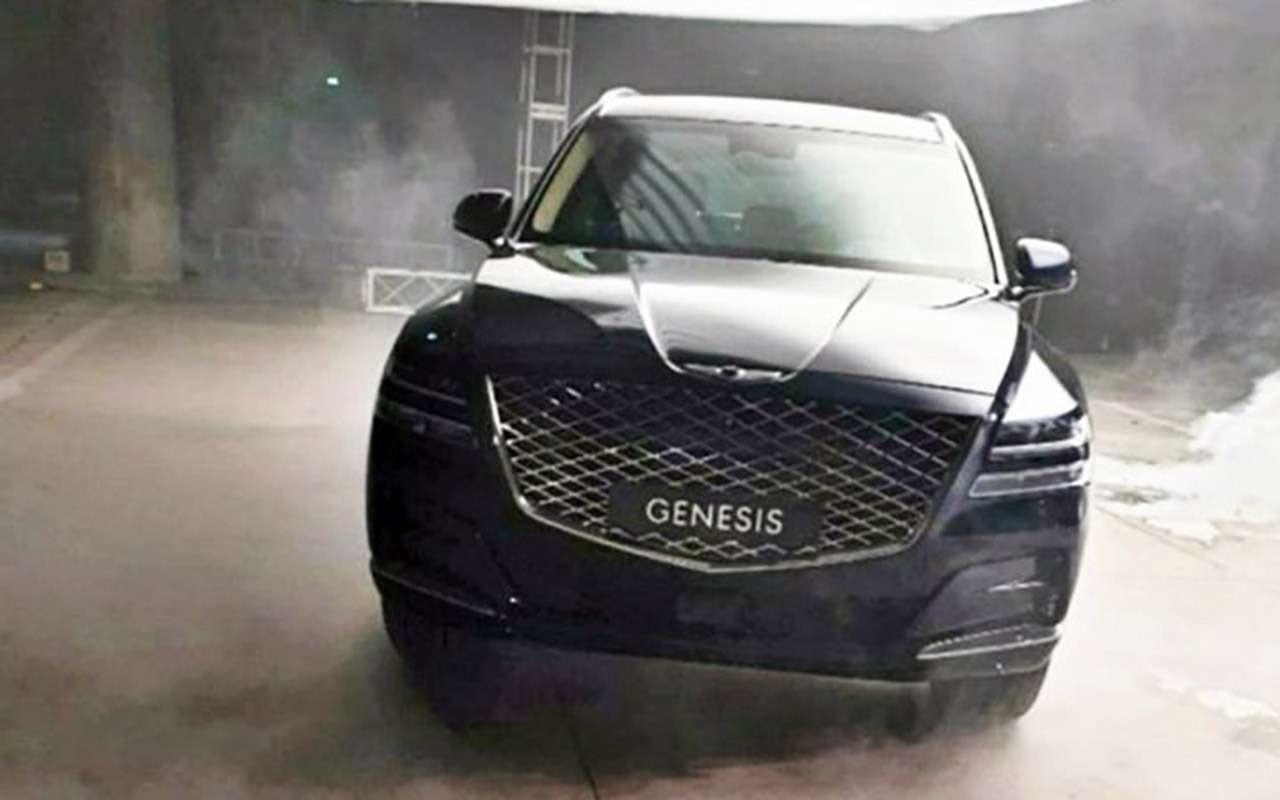 Новый Genesis— первые фото серийного кроссовера— фото 1013873