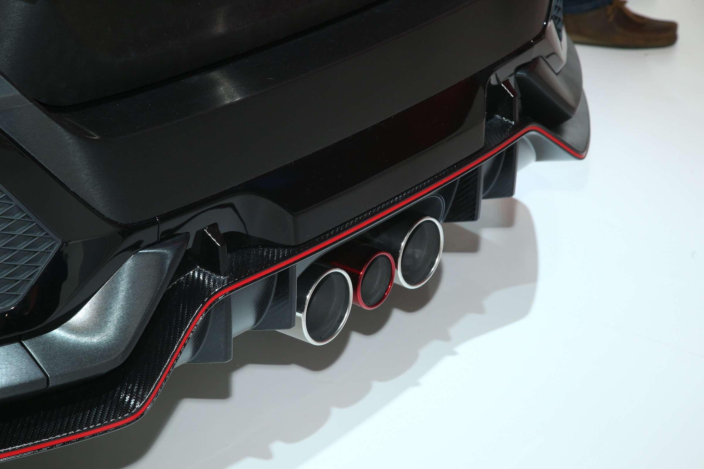 Смотрите ине спрашивайте: Honda показала новый Civic Type R— фото 641956