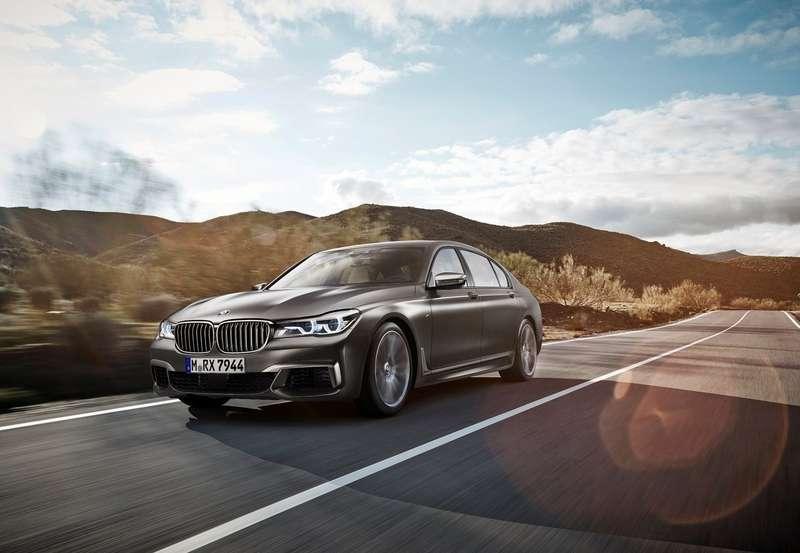 BMW-M760Li_xDrive_2017_1280x960_wallpaper_01