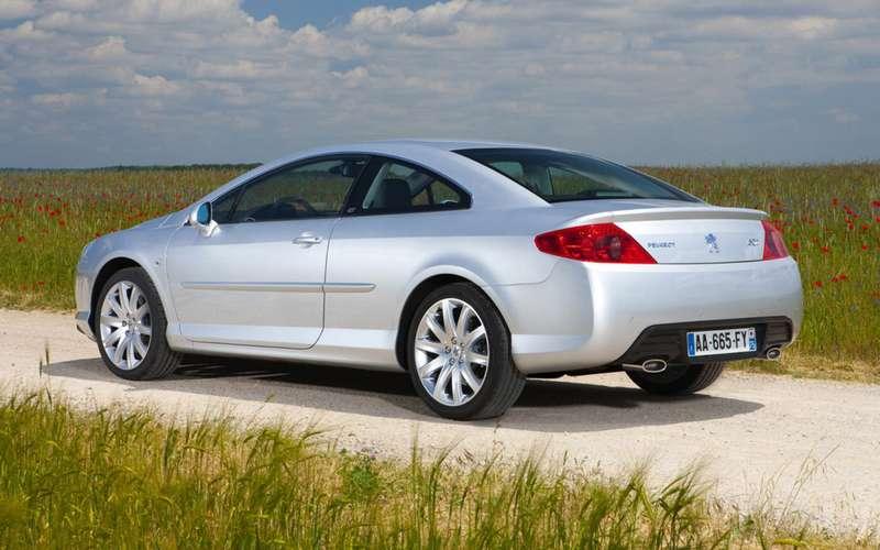 Автомобили спробегом за550 тысяч рублей: лучшие вклассах!