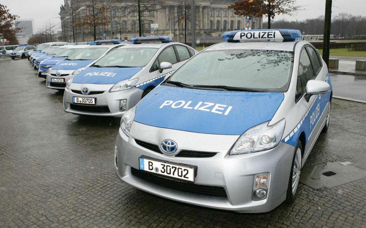Топ-22 лучших ихудших полицейских автомобилей мира— фото 983551