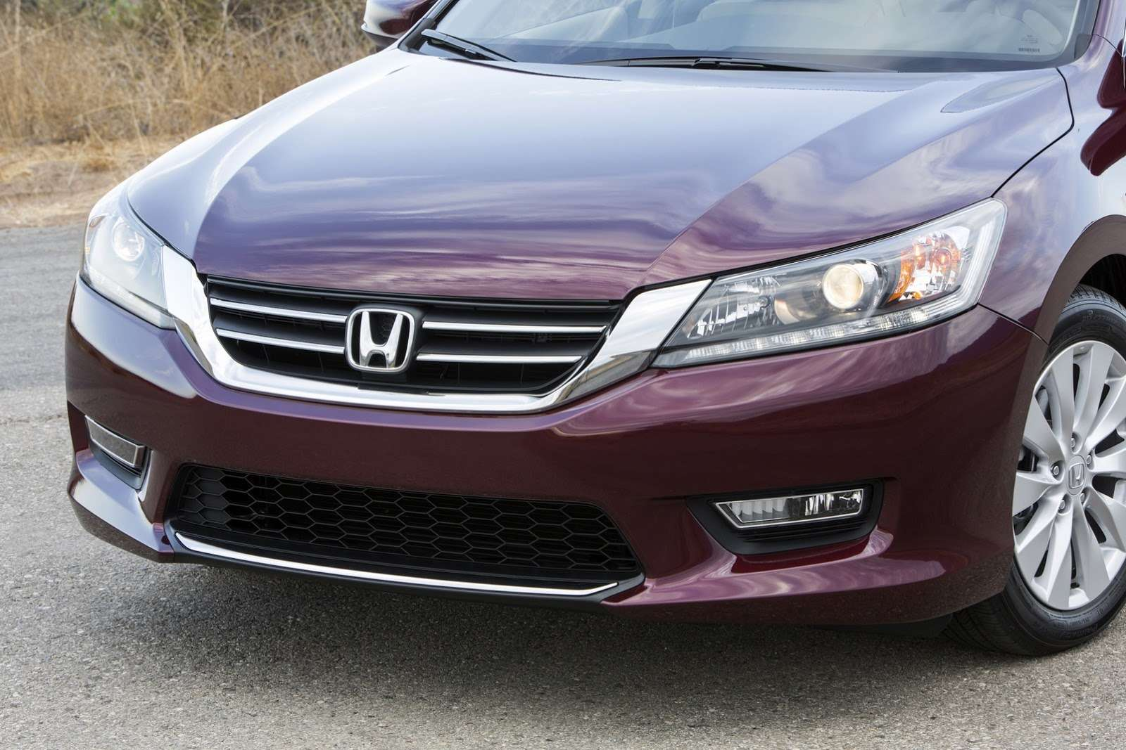 2016-Honda-Accord-VS-2015-8