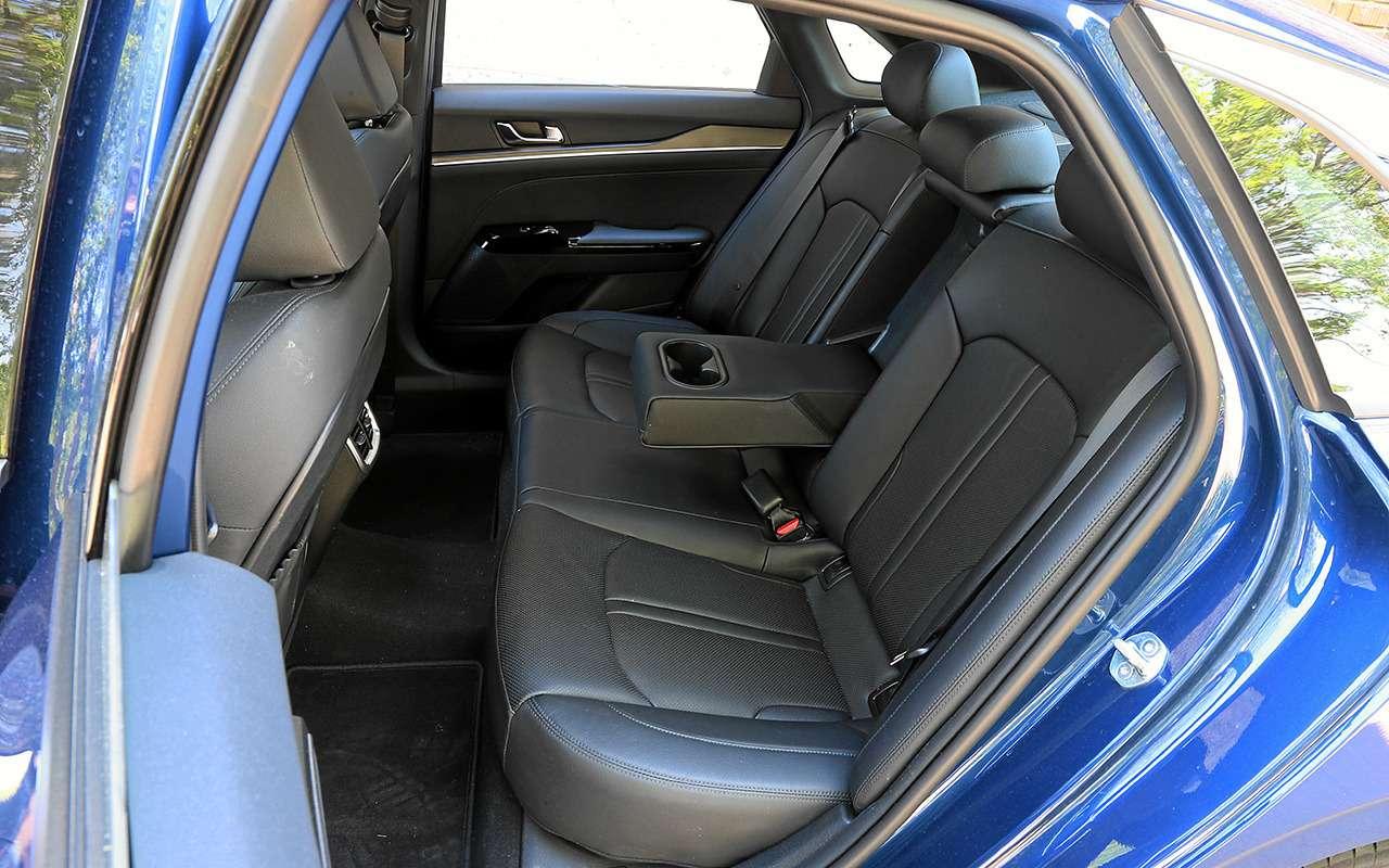 Новая Toyota Camry лучше Kia K5? Ида, инет— фото 1251805
