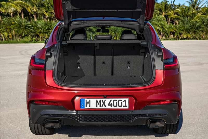 БМВ представила новый купеобразный кроссовер X4