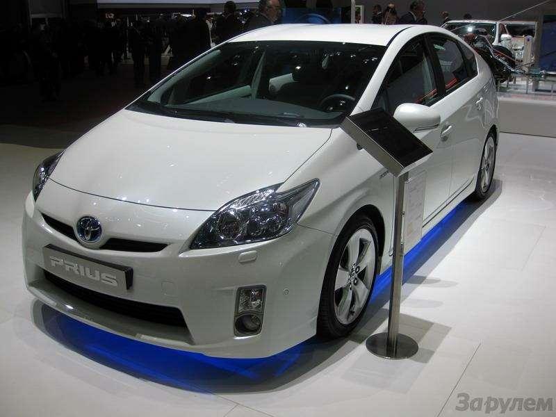 Toyota Prius III: Наголодном пайке— фото 92543