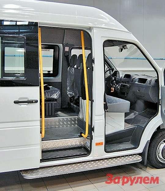 Намаршрутных такси механизмы  сдвижной двери долго неживут